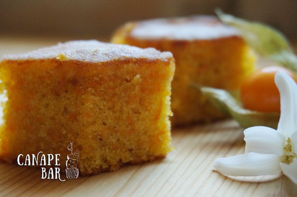 Морковный тортик в нежной сахарной глазури