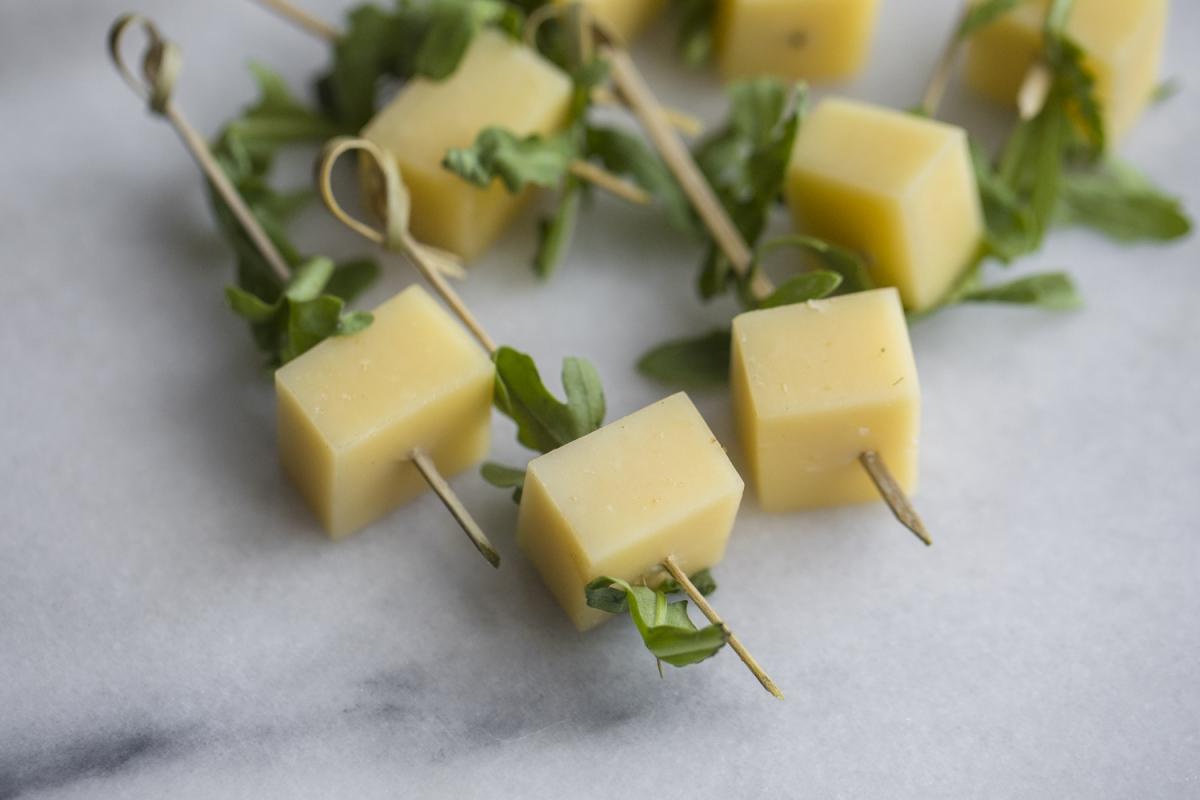 Сыр с руколой