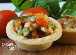 Овощной тартар с розмарином и тыквенным семенем